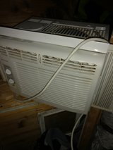 Fridgedaire small window ac in Fort Campbell, Kentucky