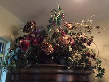 DECORATIVE FLORAL ARRANGEMENT in MacDill AFB, FL