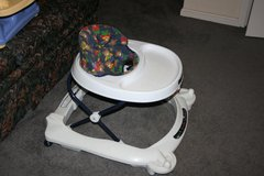 Walker with large tray,  easy fold stroller with tray in Moody AFB, Georgia