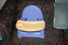 Booster seat highchair, Attach to table high chair, spa baby bathtub in Moody AFB, Georgia