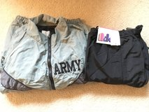Army PT jacket/pants in Fort Lewis, Washington