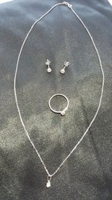 Jewerly Set: Diamond Engagement Ring 14K White Gold Ring Neck/Earrings in Mannheim, GE