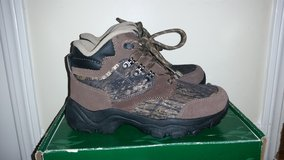 NEW Redhead Crockett Youth Hunting Hiking Shoes Size 5.5 in Hinesville, Georgia