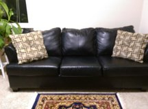 Simmons Black Leather Sofa with Queen Sofa Bed Sleeper Sofa in Fairfax, Virginia