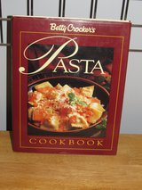 Cookbook Betty Crocker Pasta~Reduced in Sandwich, Illinois