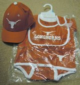 INFANT LONGHORN ONESIE, BIB & CAP SET, NWOT in Lakenheath, UK