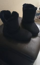 Furry slipper boots in Conroe, Texas