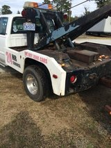 1995 Dodge tow truck or trade for pickup truck in Camp Lejeune, North Carolina