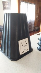 bed risers with electric and USB in Alamogordo, New Mexico