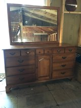 Dresser & Mirror in Alamogordo, New Mexico