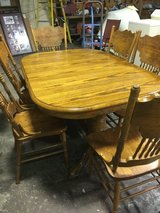 Solid oak dining table & 6 chairs in Fort Polk, Louisiana
