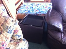 Brown Ottoman With Reversible Serving Tray Top (2 available) in Leesville, Louisiana