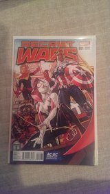 Secret Wars # 1 Variant Near Mint collectors! in Fort Meade, Maryland