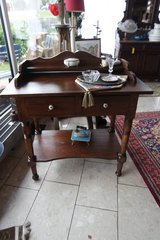 nice antique vanity desk in Grafenwoehr, GE
