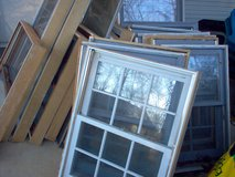 Antigue Double Hung Windows Different Sizes. in Dothan, Alabama