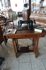 antique sewing machine Phoenix in Stuttgart, GE