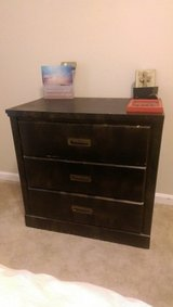 3drawers night stand in Hinesville, Georgia