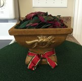 Christmas Vase w/Potpourri in Fort Knox, Kentucky