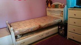twin trundle bed in Baytown, Texas