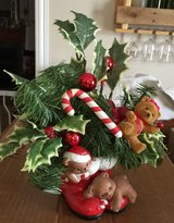 Christmas 3-Bear Planter in Fort Knox, Kentucky