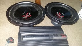 Xplod speakers and power amplifier in Fort Campbell, Kentucky