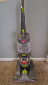 Hoover Carpet Washer in Fort Campbell, Kentucky