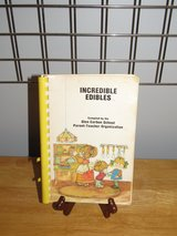 "Cookbook~""Incredible Edibles"" in Sandwich, Illinois"