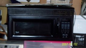 """Whirlpool microwave 30"""" in Fort Campbell, Kentucky"""
