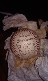 1983 Chicago Cubs baseball , 25 signatures in Yucca Valley, California