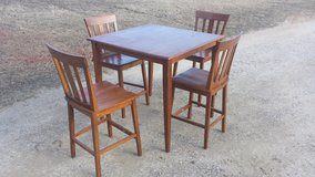 table and chairs in Fort Leonard Wood, Missouri