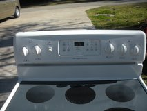 Frigidaire Electric Stove Good Conditions!! in Livingston, Texas