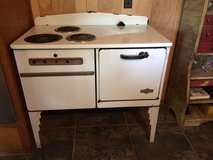 COOL Vintage Electromaster Stove ca. 1930's in Conroe, Texas