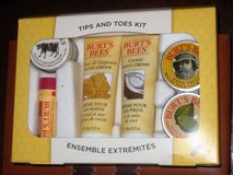 New in pkg Burts Bees kit in Spring, Texas