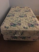 Bed - twin size w in Lake Elsinore, California