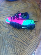 nike soccer cleats girls sz. 3  (new) in Fort Campbell, Kentucky
