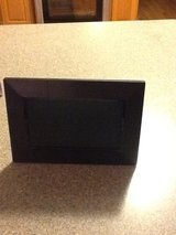 Digital picture frame - new in box in Naperville, Illinois