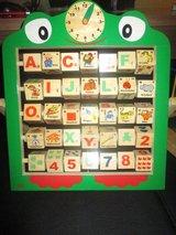 Learning board (Alphabet, Numbers & Time) - Wood - in Ramstein, Germany