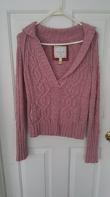 American Eagle light pink sweater in Fort Lewis, Washington