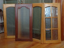 Glass Panel Cabinet Doors in Glendale Heights, Illinois