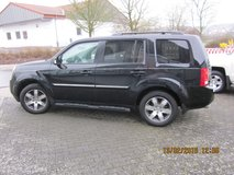 2013 Honda Pilot Touring 4WD *8 Seats* Rear Entertainment!* in Spangdahlem, Germany