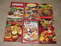 HOLIDAY COOKBOOKS STEW COUNTRY FOOD COOKIES APPETIZERS in Camp Lejeune, North Carolina