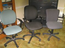 office chairs 15.00 up, pic frame 65.00, in Fort Leonard Wood, Missouri