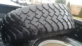 17 inch wheels with 33s in Fort Campbell, Kentucky