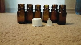 15 ml Amber glass essential oil bottles with orifices and lids in Lawton, Oklahoma