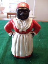 VINTAGE AUNT JEMIMA CAST IRON BANK in Baytown, Texas