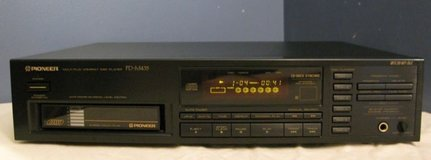 CD Player Pioneer 6 disk in Chicago, Illinois