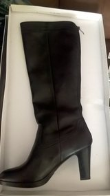 NEW black leather boots size 5 paid £60 want £20 in Lakenheath, UK