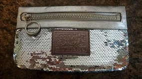 Coach sequin clutch in Chicago, Illinois