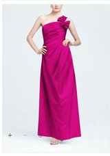 Formal Evening Gown Size 4 in Beaufort, South Carolina