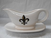 Fleur De Lis Cermaic Gravy Boat & Under Plate in The Woodlands, Texas